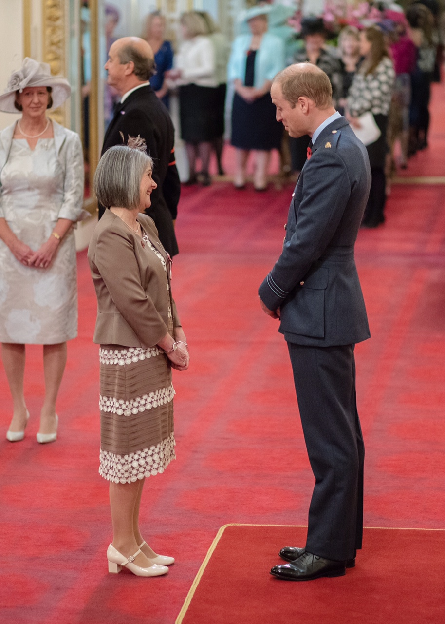 Aileen Jones, Porthcawl RNLI volunteer receives her MBE from HRH the Duke of Cambridge.