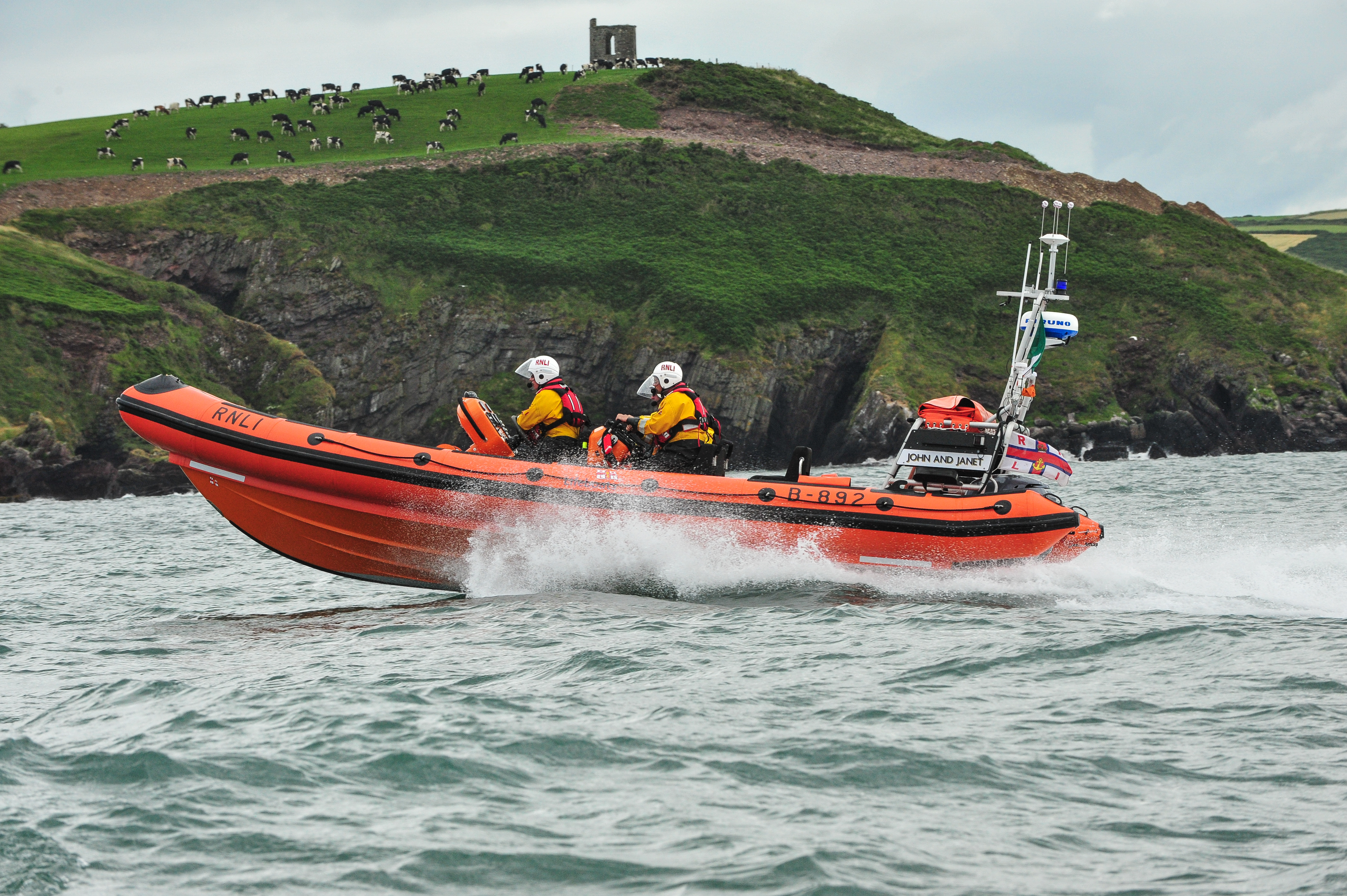 Crosshaven RNLI off Roches Point