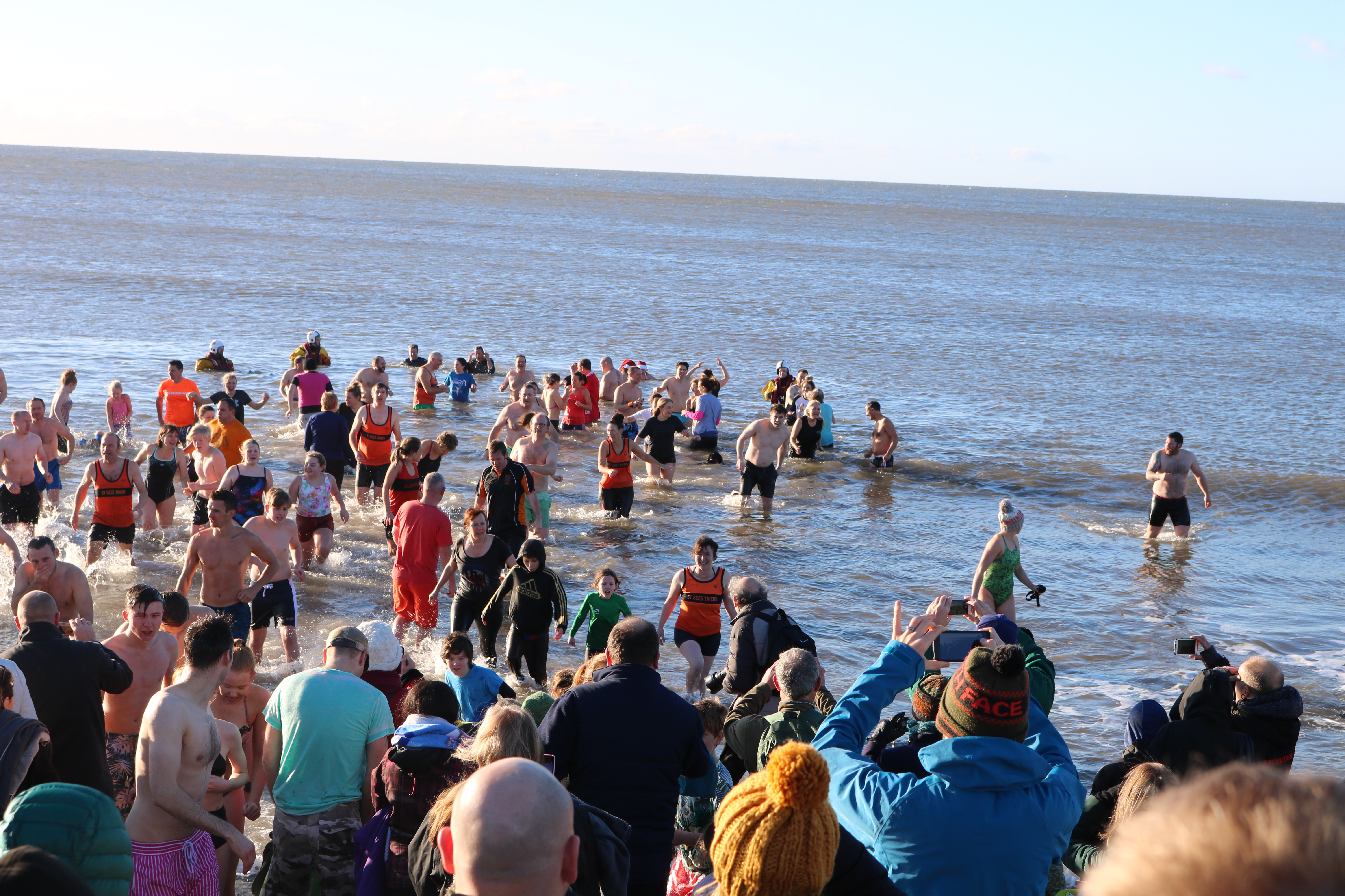 The brave swimmers going in to the Irish Sea