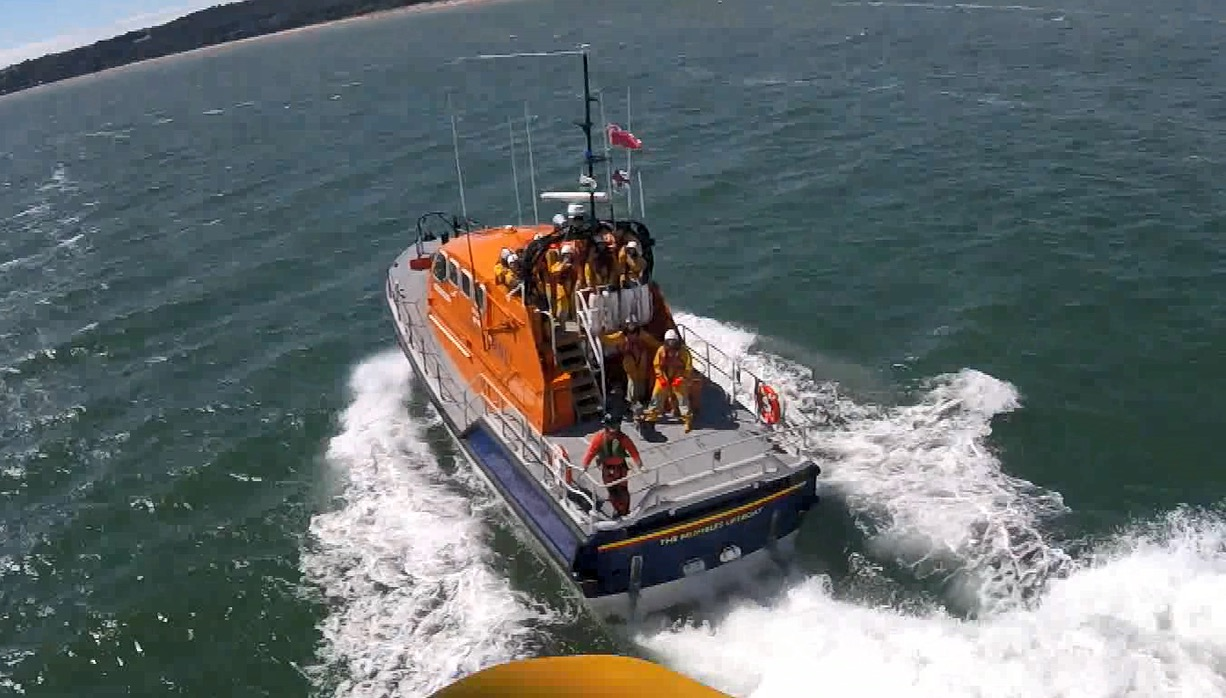 Mumbles lifeboat from the Coastguard Helicopter 187