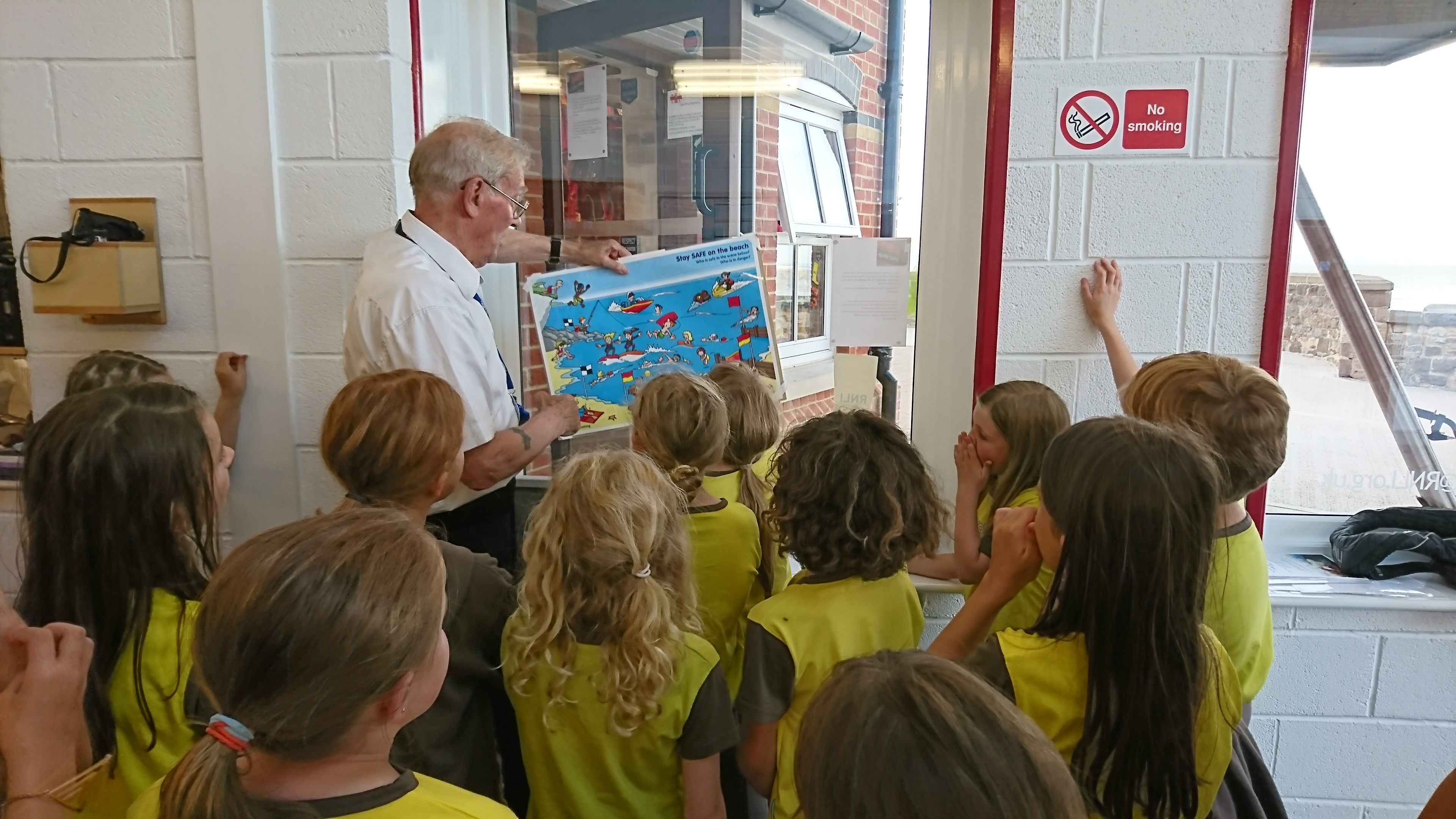 5.Derek Weatherburn during his safety talk at the Lifeboat Station© 1st North Weston Brownies