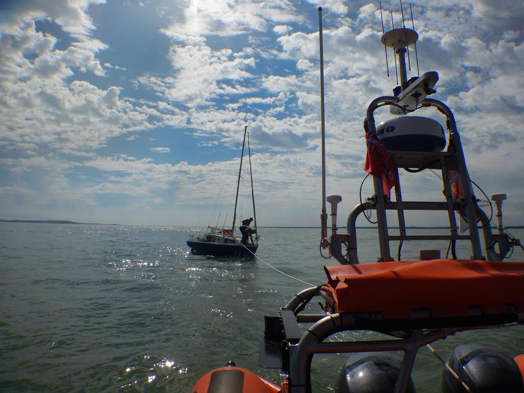 The Sea Witch is under tow to Cowes.