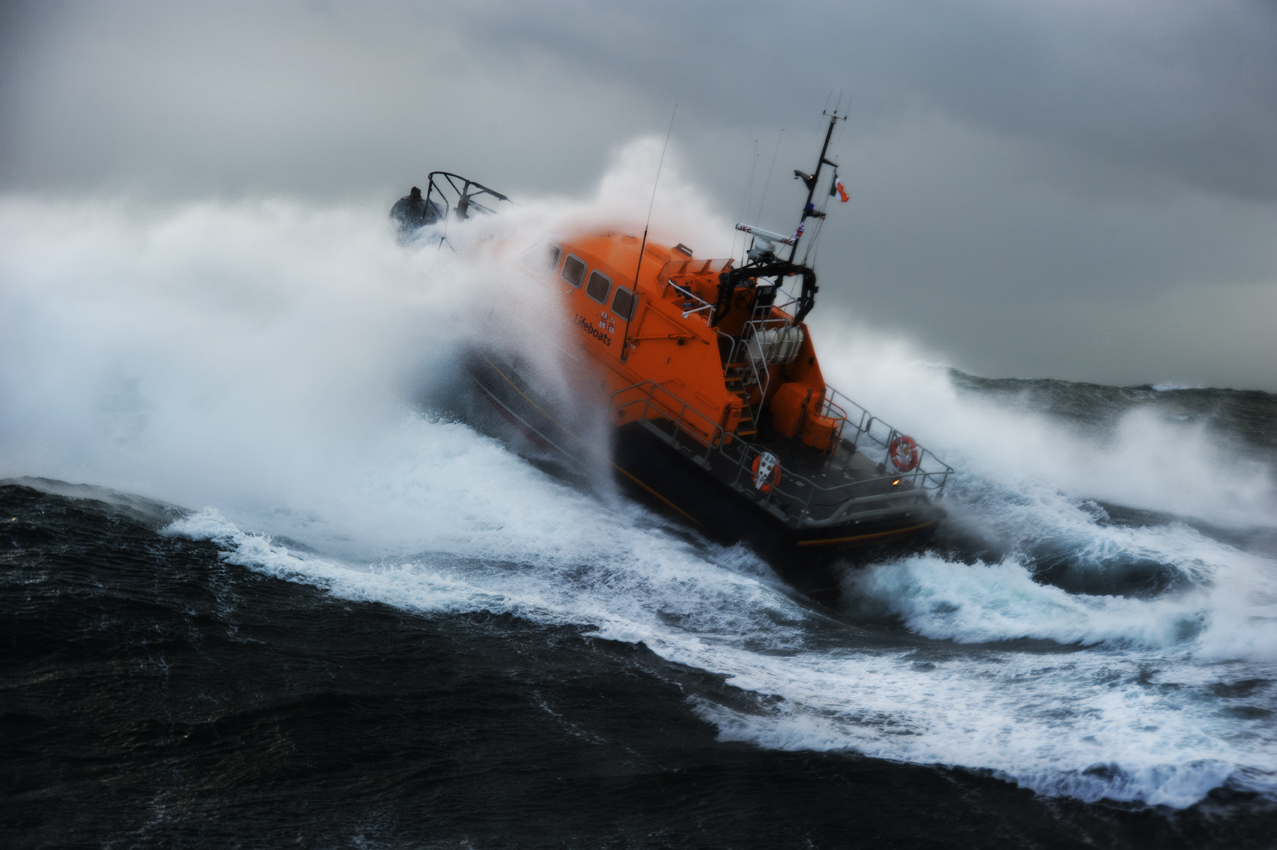 Kilmore Quay RNLI on exercise