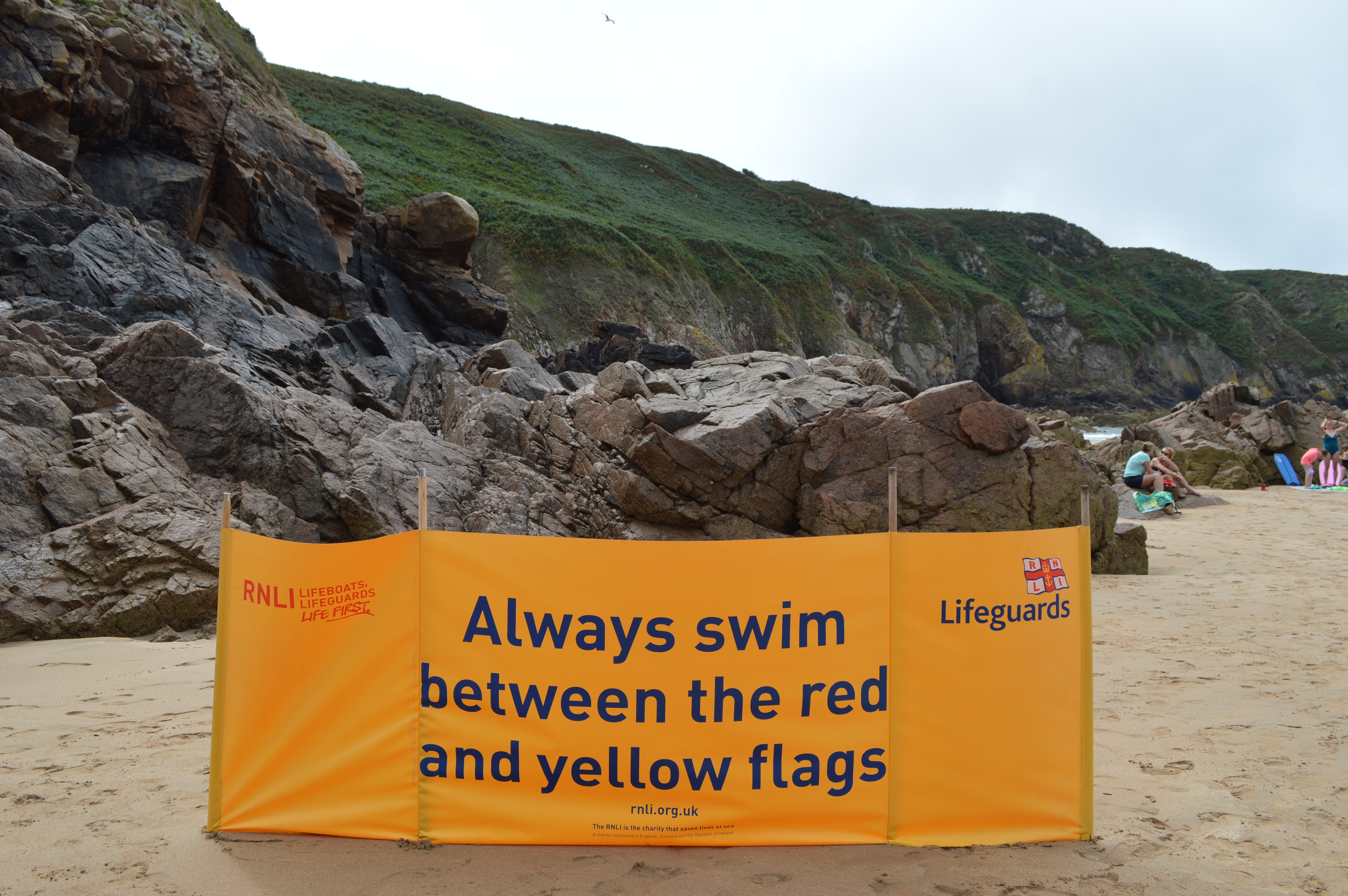 'Always swim between the red and yellow flags'