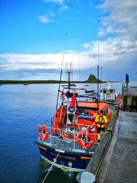 Seahouses Lifeboat alongside at Holy Island