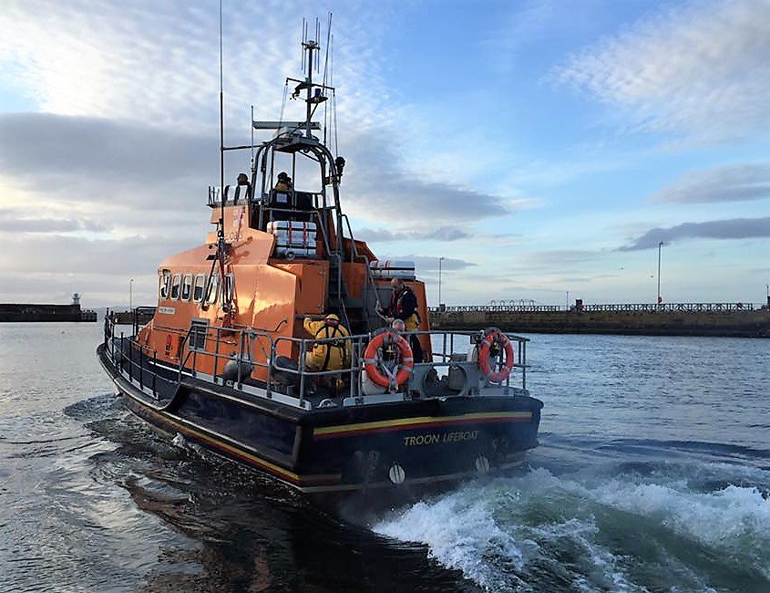 Troon RNLI lifeboat launching on service