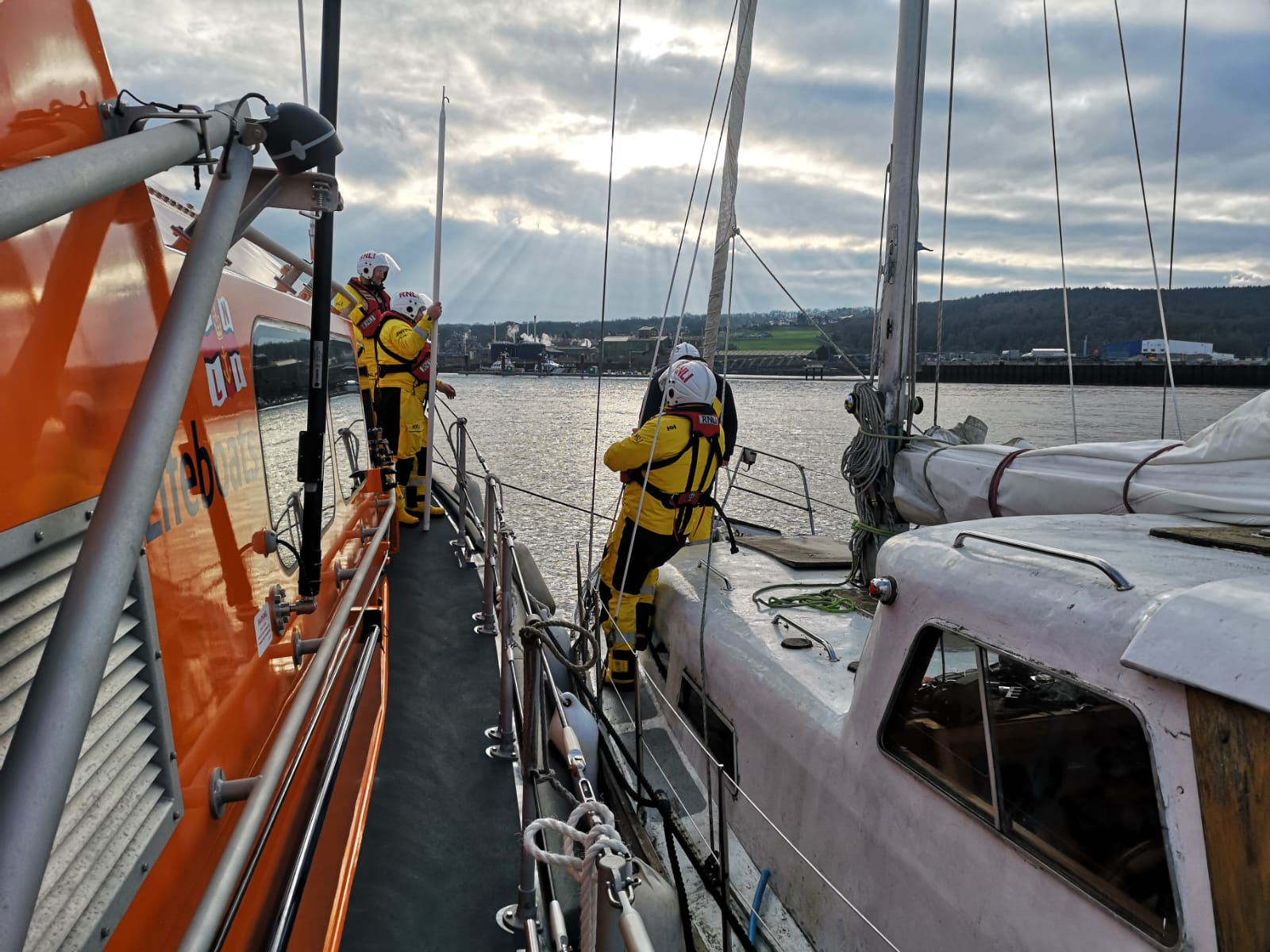 Service to broken-down yacht off Prestatyn 25/1/20