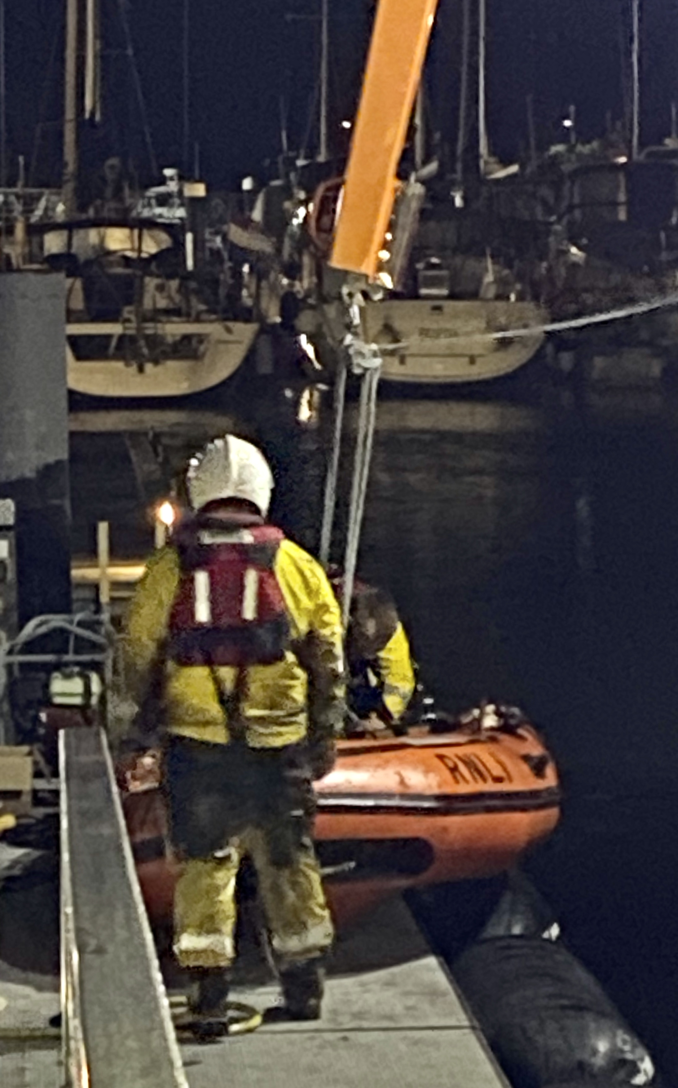 Photo of the Yarmouth RNLI crew preparing the 'Y' boat for service.