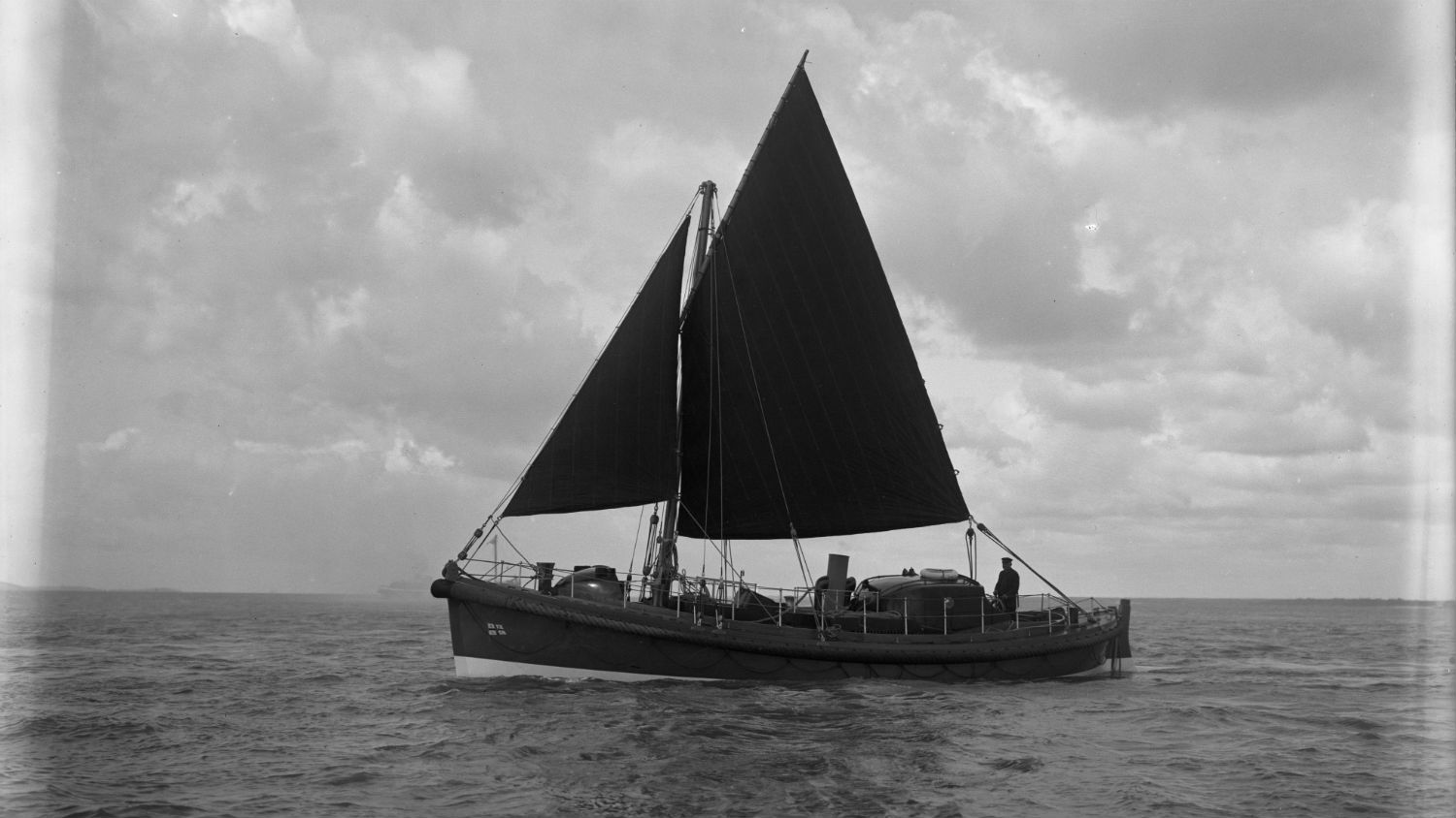 Black and white image of Longhope lifeboat, Thomas McCunn, while on trials