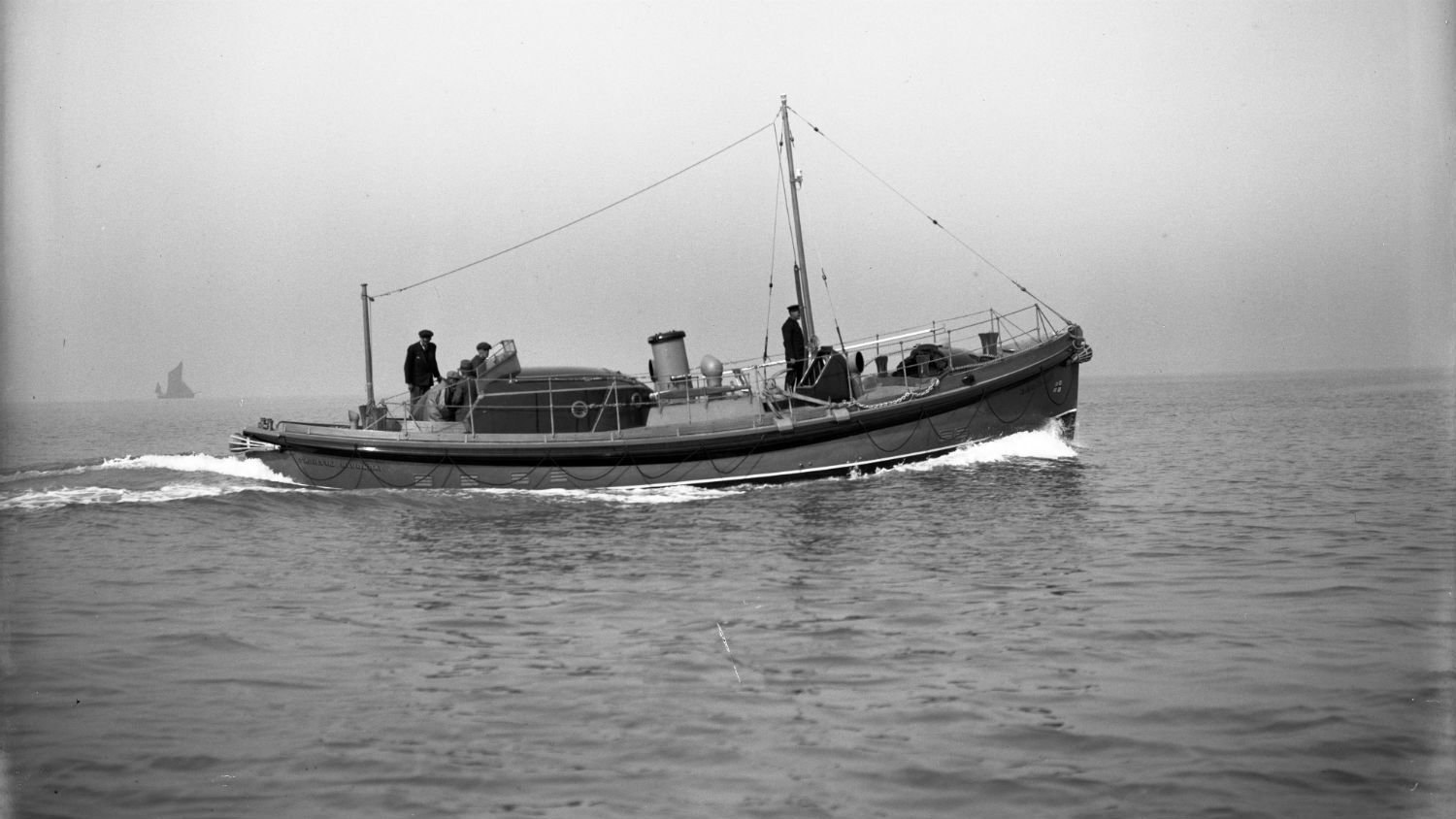 Black and white image of Yarmouth lifeboat S.G.E., on trials, while on trials
