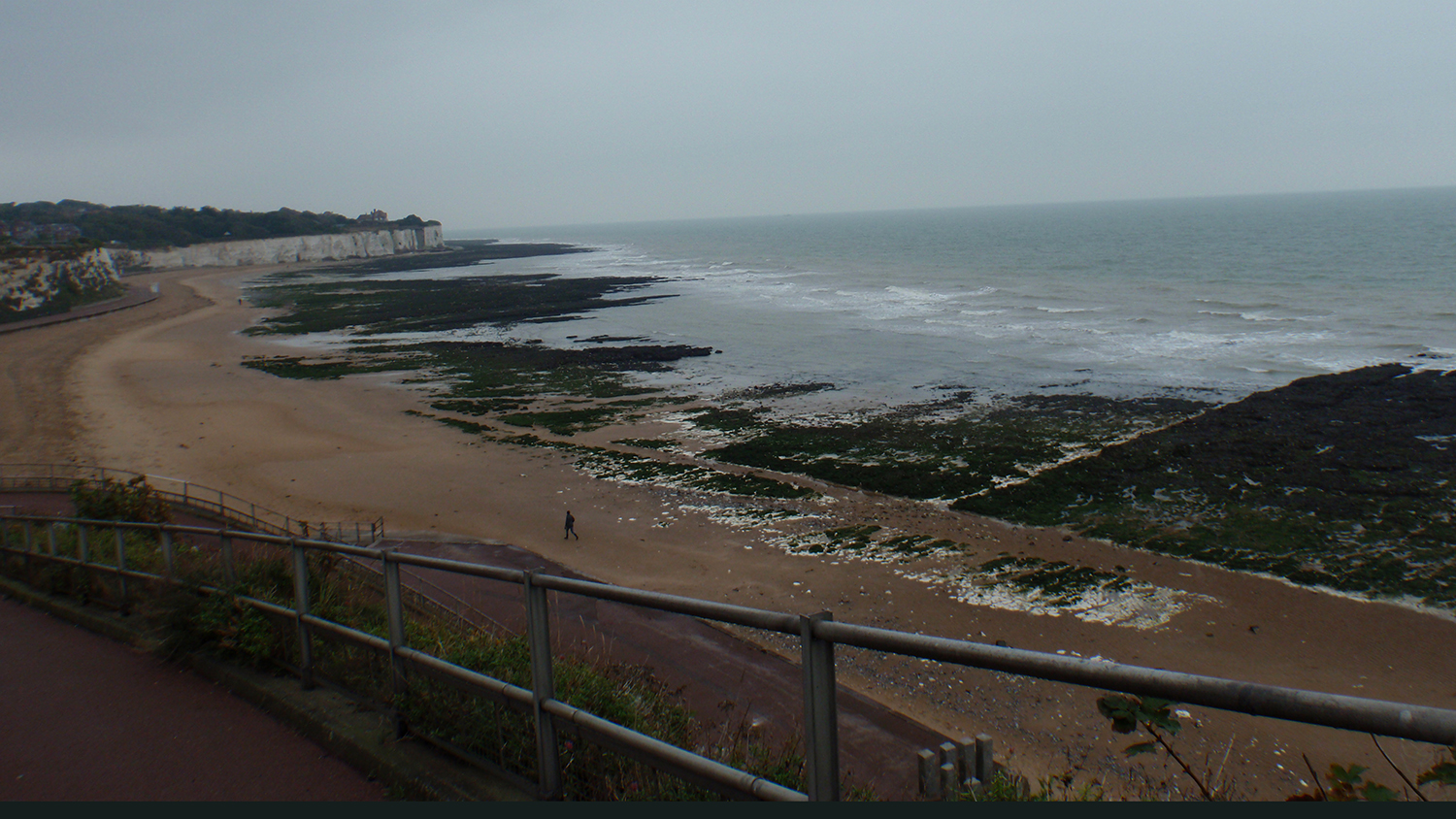 Stone Bay Beach in Kent is an RNLI lifeguarded beach.