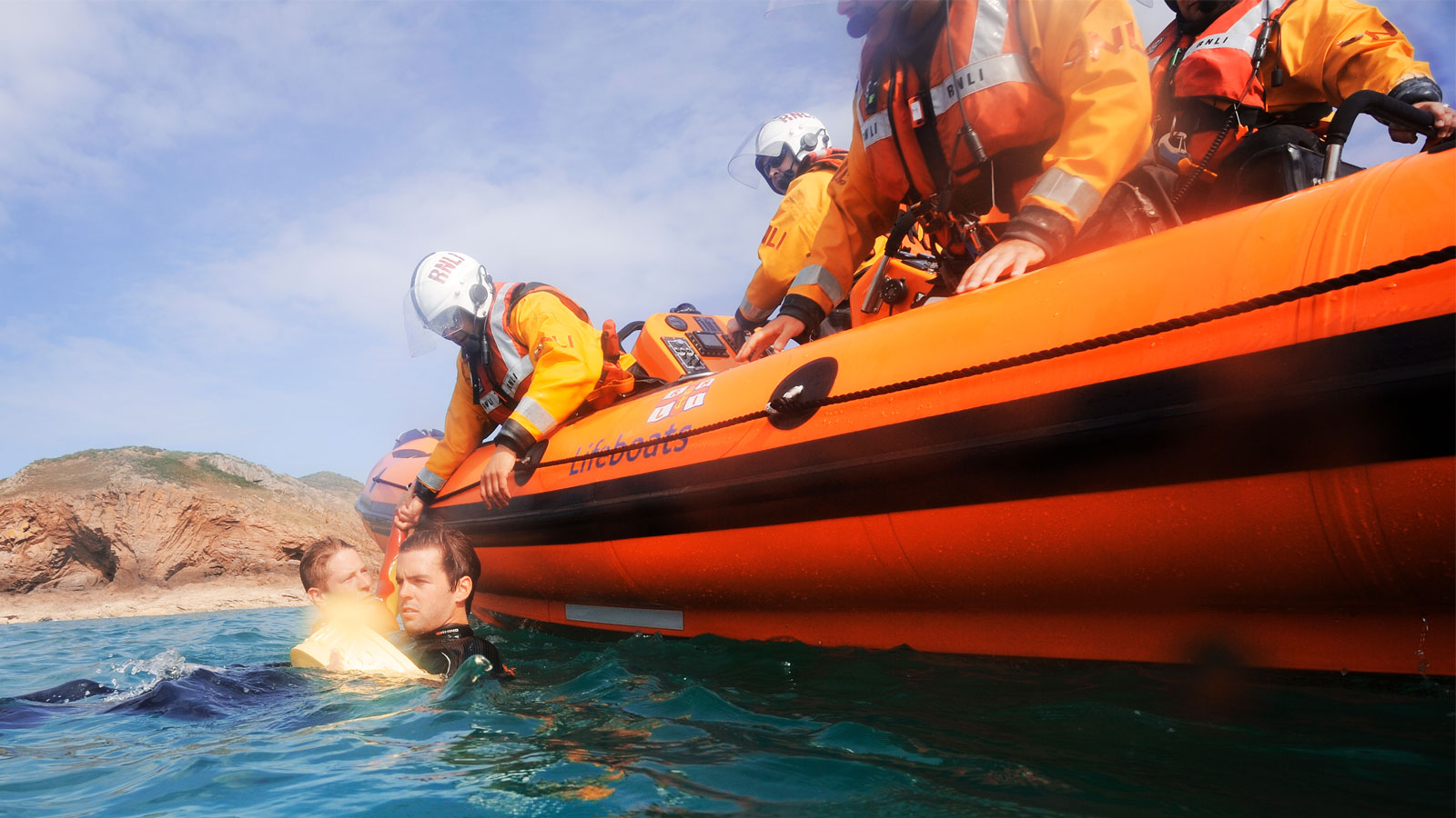 St Catherines lifeboat crew training exercise