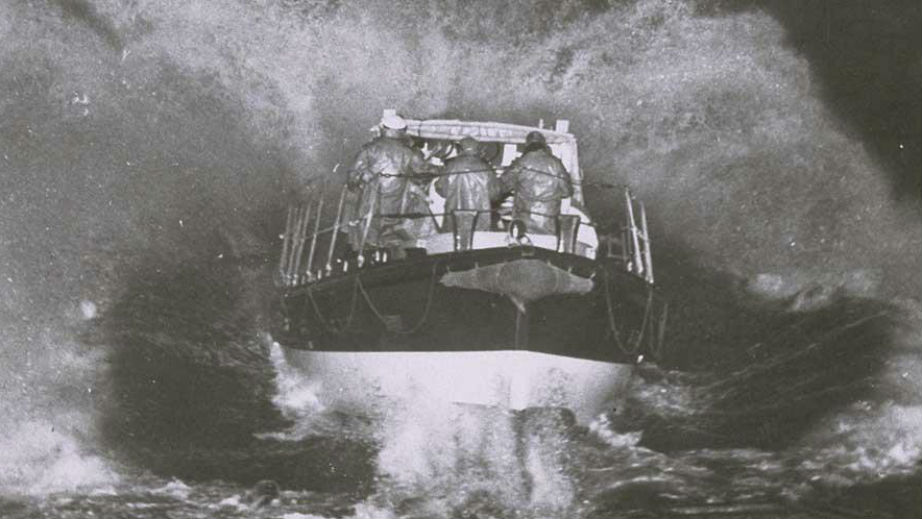 Margate RNLI launching the lifeboat down the slipway in a storm in 1952