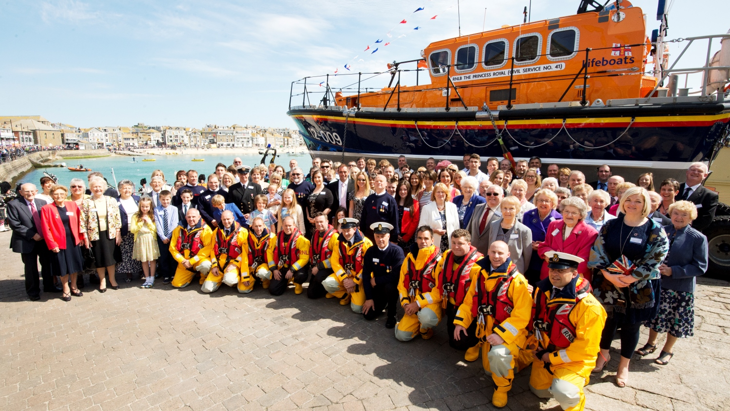 RNLI St Ives Station and Volunteers